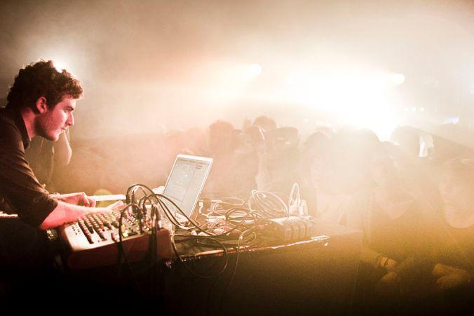 800px-Nicolas_Jaar_live_at_Rex_Club_Paris.jpg